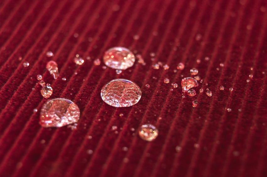 Textilveredlung Textilausrüstung: Textilien und Geweben eine Funktion geben